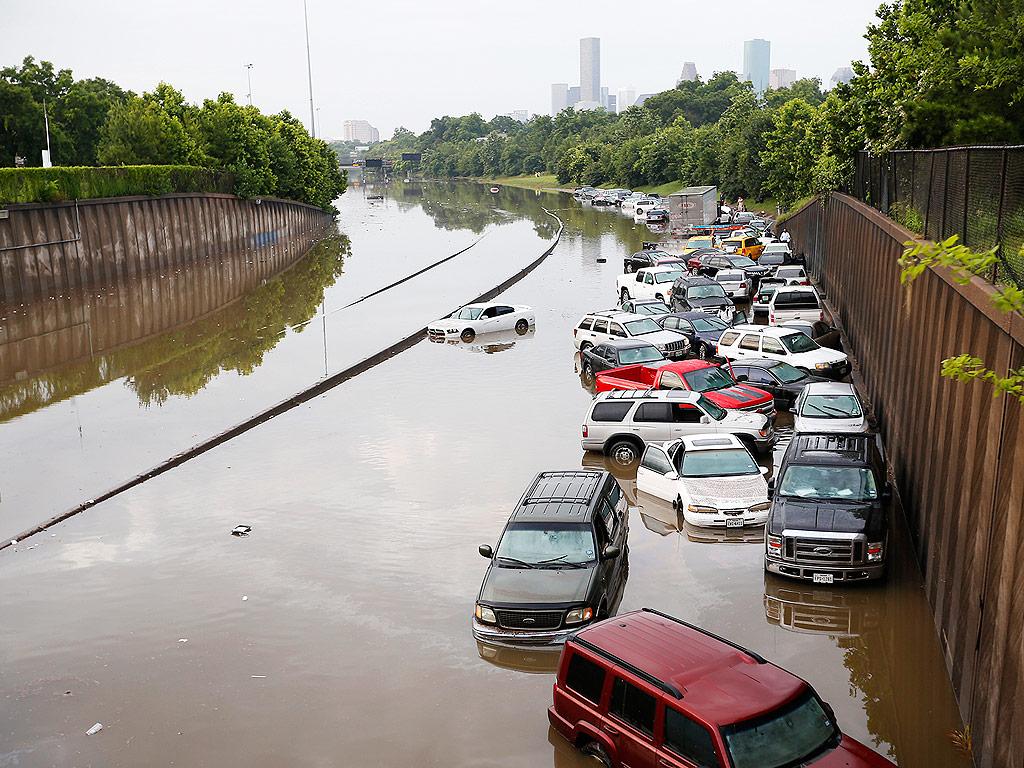 texas-flood-02-1024[1]