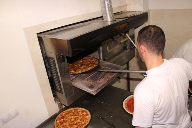 Proper Pizza otvoranje (7)