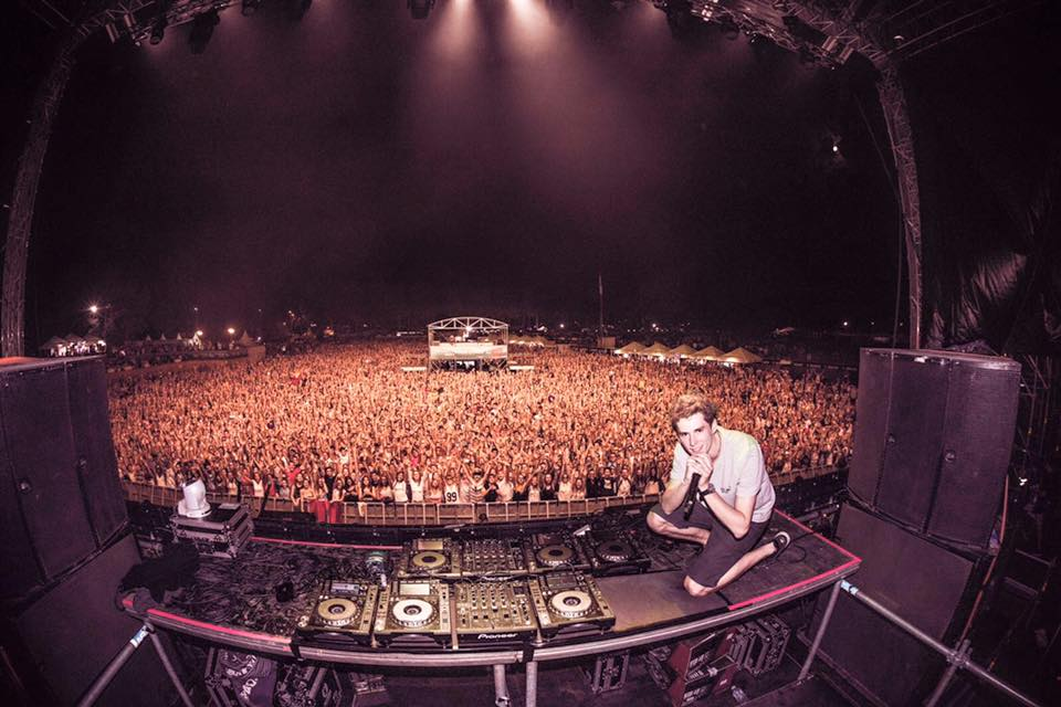 lost frequencies live1