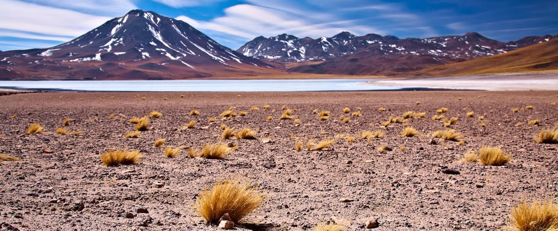 chile-atacama-desert-altiplano-lagoon-lt-header1