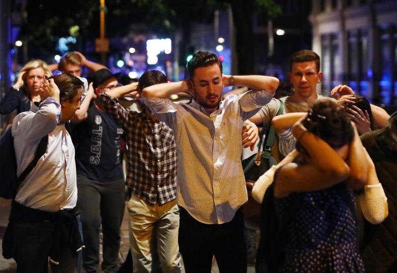 НАПАД ВО ЛОНДОН: 7 мртви и 48 повредени во терористички напад на Лондонскиот мост (ФОТО)