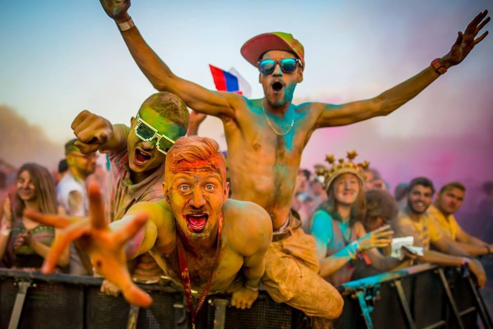 ФИНАЛЕ НА СИГЕТ: 100.000 луѓе ја затворија забавата на Островот на слободата (ФОТОГАЛЕРИЈА)