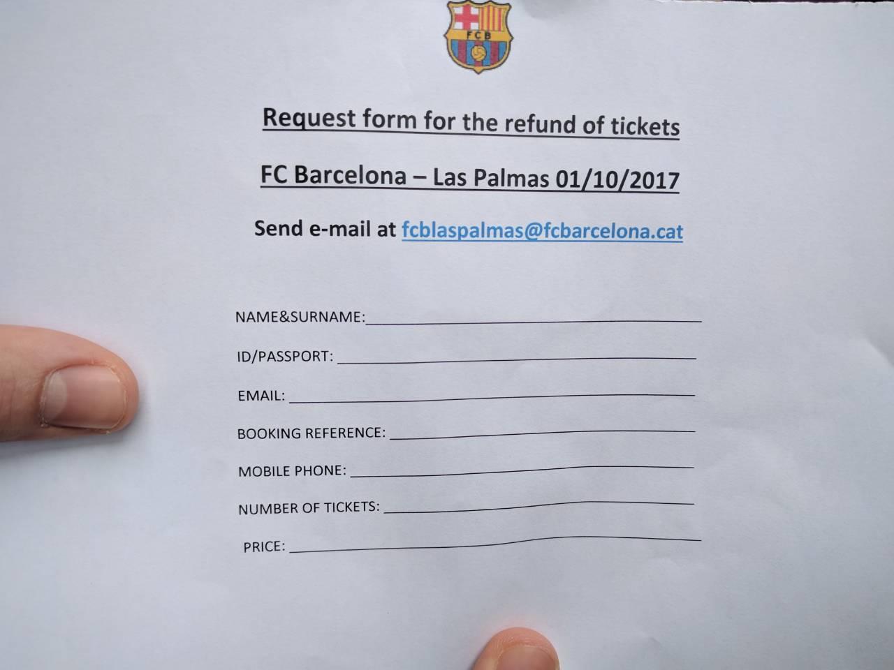 И Македонци дел од илјадниците фанови кои не успеаја да го гледаат натпреварот Барселона - Лас Палмас