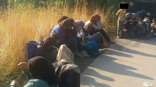 Полицијата откри 13 мигранти