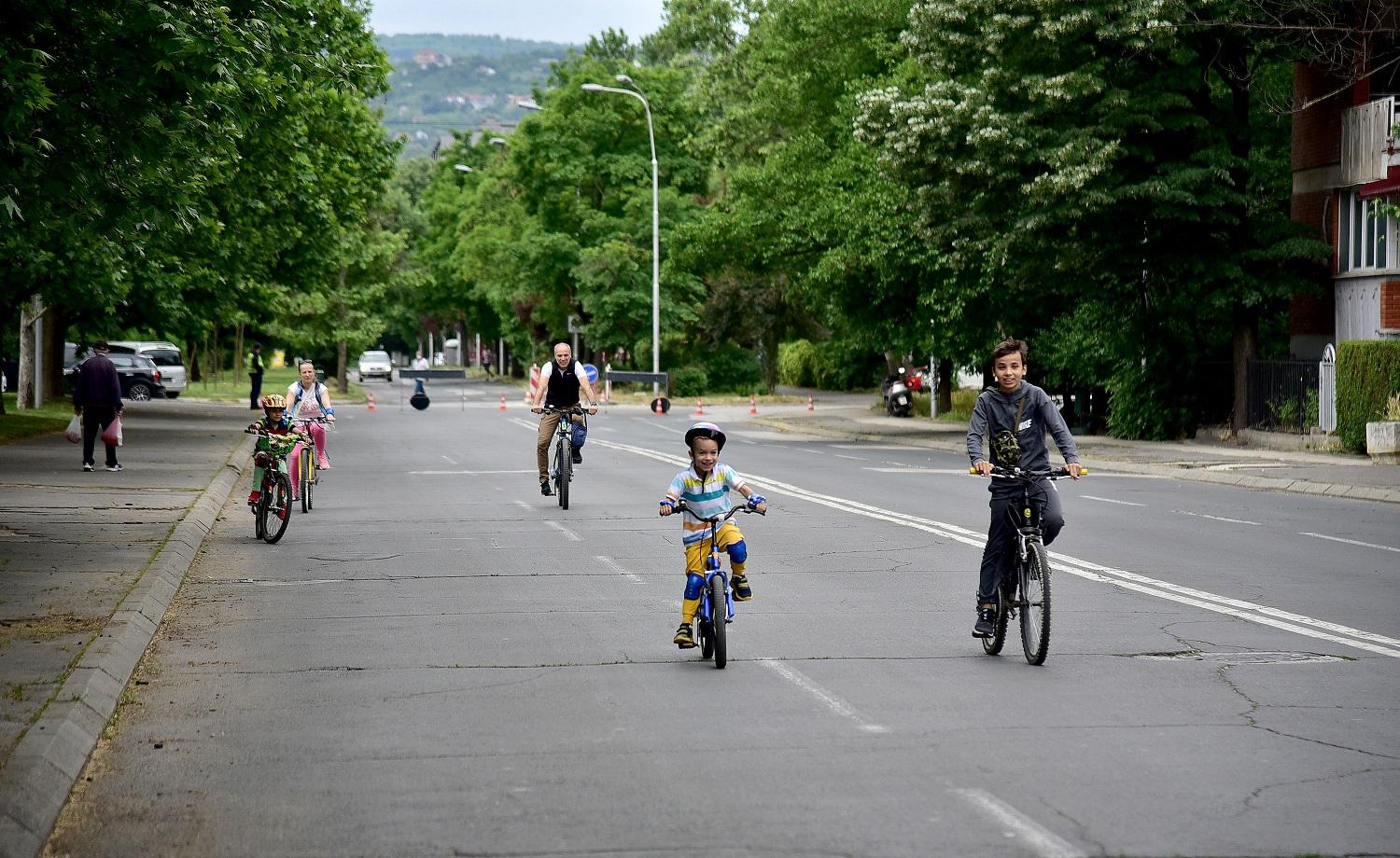Улици за луѓе (2)